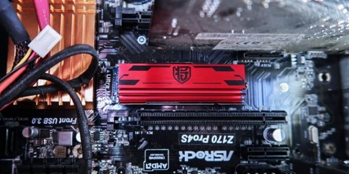试用影驰铁甲战将240-M.2 PCI-E SSD后
