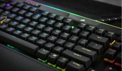 带键盘去网吧上网?是人傻力气大吗?