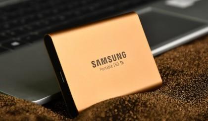同样是移动固态硬盘 三星T5为什么那么贵?