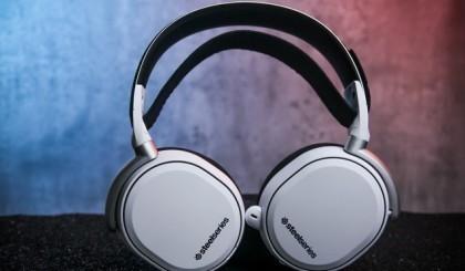 赛睿Arctis Pro Wireless游戏耳机评测