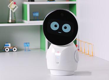 欢乐陪伴忆起成长 小忆机器人评测