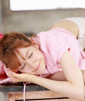 清纯美少女高清手机桌面壁纸