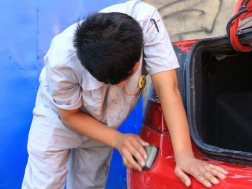 神奇的牙膏,还有去除车漆划痕的作用?