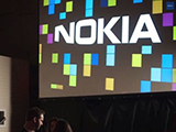 鄙视iPhone Lumia广告展示无线充电功能