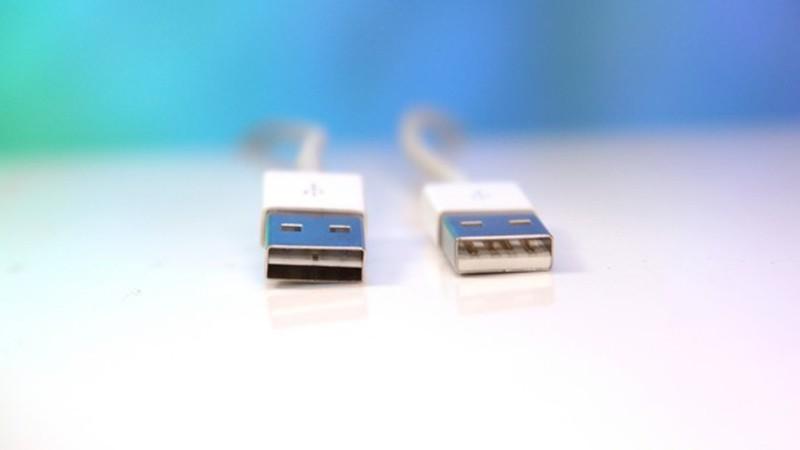 世纪困扰!USB TYPE-A为何不能正反插?