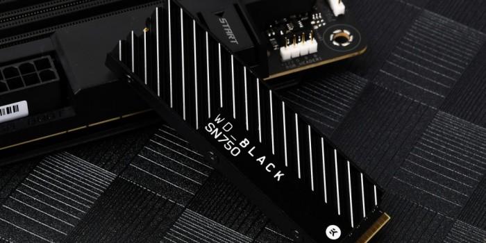 CS GO提前热身60秒 固态硬盘的作用不能少