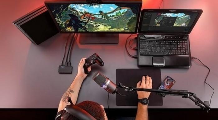 拔草小分队:新人游戏主播整什么硬件?