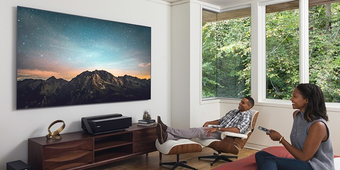 大屏指南 4K家用投影让你忘记传统电视
