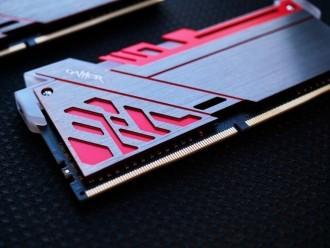 炫彩极光 影驰GAMER极光DDR4内存465