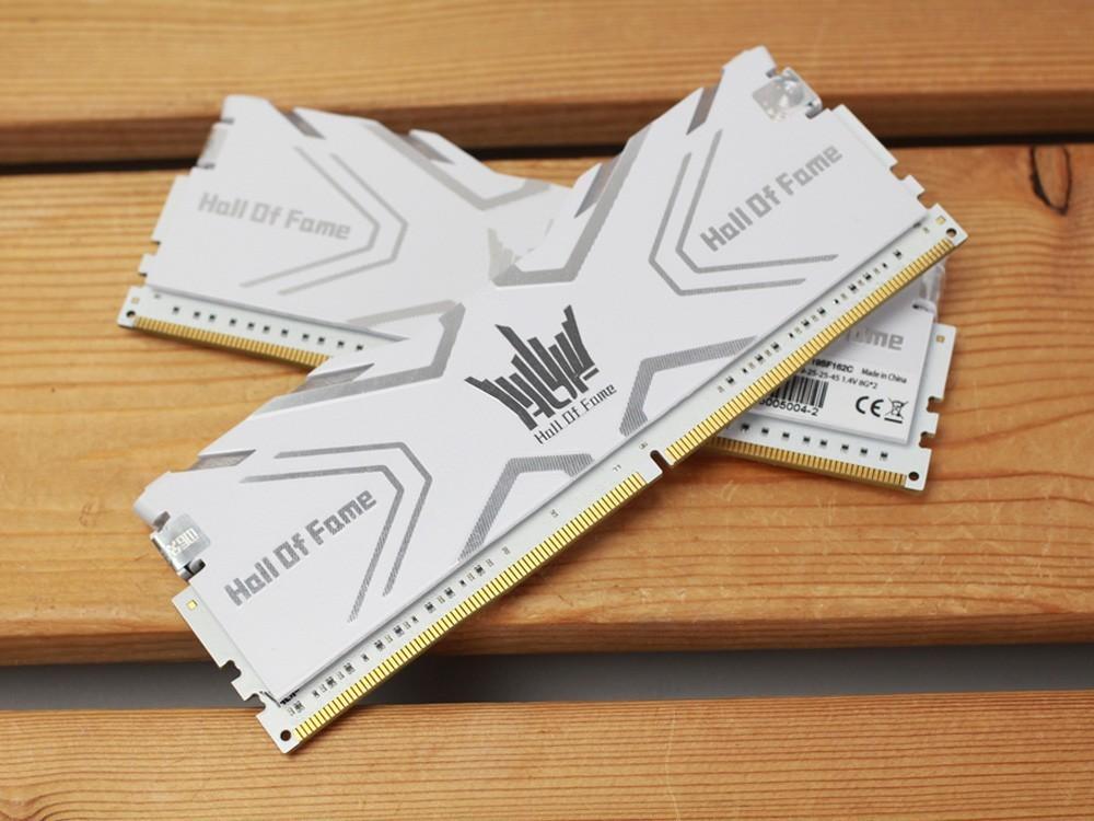 影驰HOF DDR4-3600 8G*2内存火爆热卖