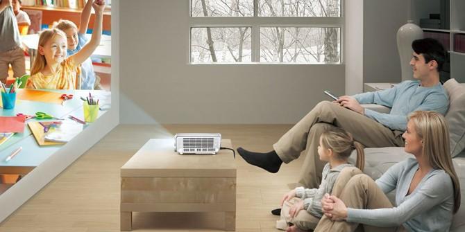 凛冽冬日 百吋大屏给你的客厅带来温暖