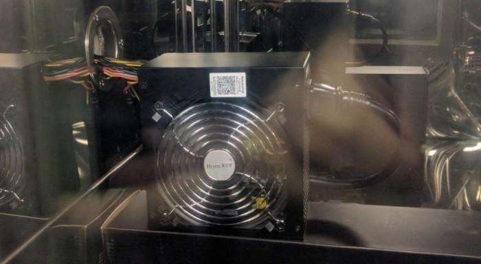 真金不怕火炼 航嘉WD500K挑战恒温箱