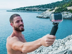 Insta360发布运动相机ONE R