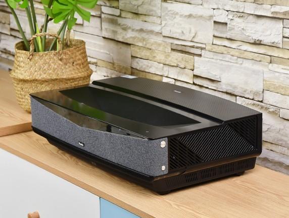 """华录4K激光电视评测:为""""新中产""""打造品质生活"""
