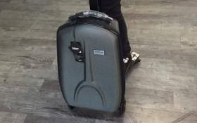可转向的滑板行李箱库特车