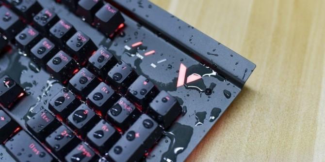 放在水里也能用 雷柏V780&V750键盘图赏