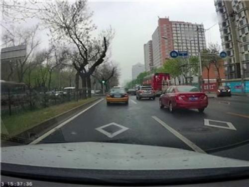 玩家app下载拍mini ONE记录仪行车拍摄视频