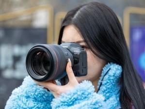 为何职业摄影师更青睐佳能微单