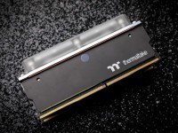 Tt Water Ram RGB 8GB DDR4 3200