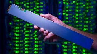 英特尔推32TB SSD 主打数据中心