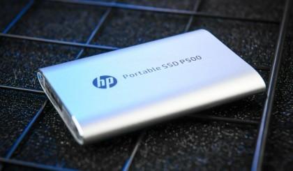 使用一块比iPhone还小的移动SSD是什么体验