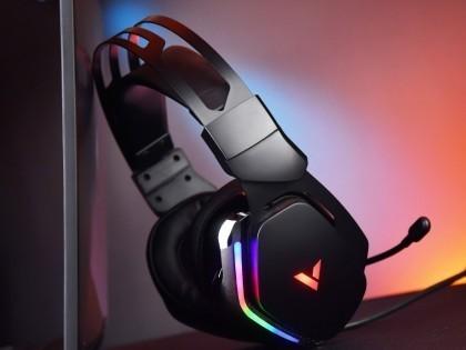 雷柏VH710 虚拟7.1声道RGB线控游戏耳机评测 炫彩灯效