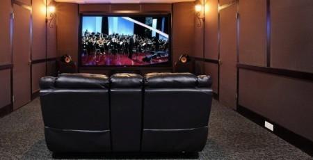 工薪阶层必备 在家也能打造专属家庭影院