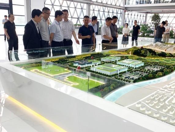 共享生态科技产业城迎来首批尊贵客人