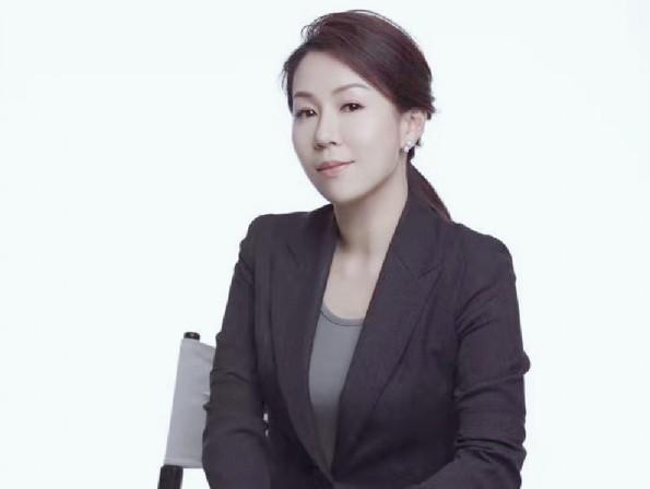 ZOL年度专访双飞燕市场总监郑雅宁:心含感动