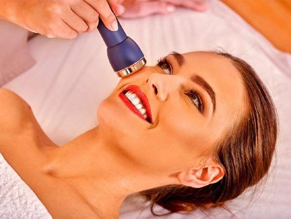 美容仪能让肌肤变美吗? 每个女神都在与衰老抗争