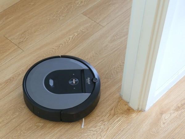 iRobot扫地机器人i7+评测:充分解放双手的毛发克星